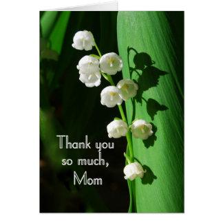 Gracias, mamá, lirio de los valles tarjeta de felicitación