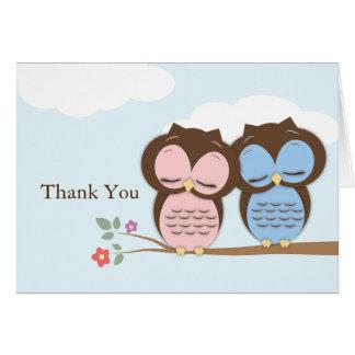 Gracias tarjeta de los pequeños búhos