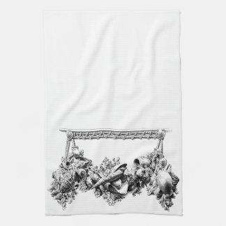 Gracious Bakeware Baroque Sea Shell Swag Wreath Kitchen Towel