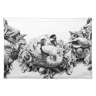 Gracious Tableware Baroque Sea Shell Swag Wreath Cloth Placemat