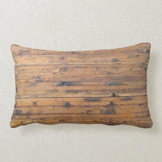 """Grado """"de madera"""" empapado una almohada de tiro"""