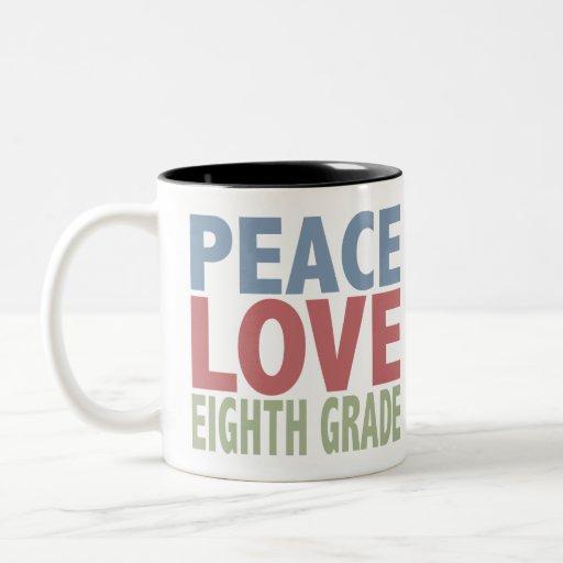 Grado del amor octavo de la paz taza de dos tonos