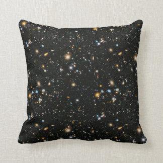 Grado del espacio profundo una almohada de tiro