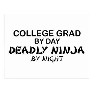 Grado Ninja mortal de la universidad por noche Tarjeta Postal