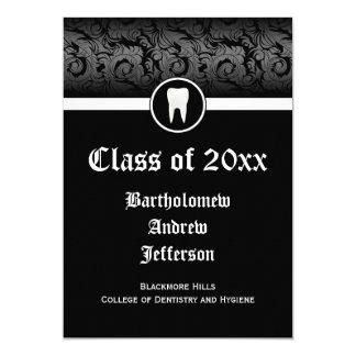 Graduación blanco y negro 5x7 de la escuela dental invitaciones personalizada