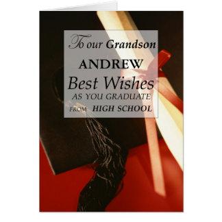 Graduación de estudios secundarios conocida de tarjeta de felicitación