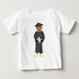 Graduación del mono del calcetín camisetas