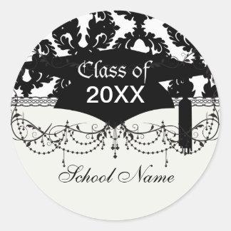 graduación enrrollada blanco y negro del modelo de etiqueta