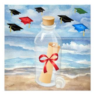 Graduación - invitación de la playa en una botell