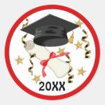 Graduación negra del mortero y del diploma pegatina redonda