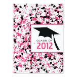Graduación rosada y negra 2012 de la salpicadura invitación 12,7 x 17,8 cm