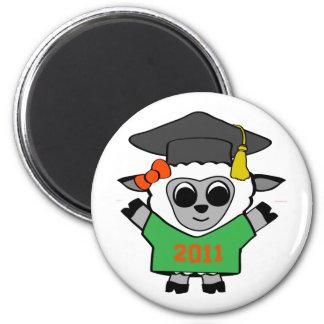 Graduado 2011 del verde y del naranja de las oveja imán redondo 5 cm