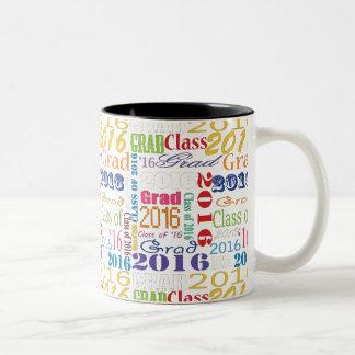 Graduado 2016 taza de dos tonos