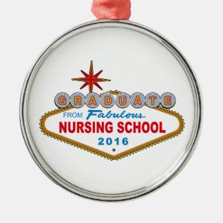 Graduado de la escuela de enfermería fabulosa 2016 adorno navideño redondo de metal