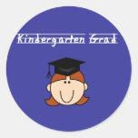 Graduado de la guardería - chica rojo del pelo etiqueta redonda