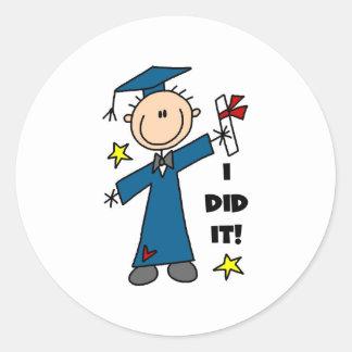 Graduado del muchacho pegatina redonda