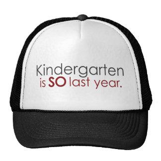 Graduado divertido de la guardería gorras
