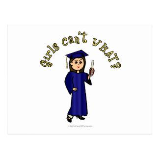 Graduado ligero de la mujer en vestido azul tarjetas postales