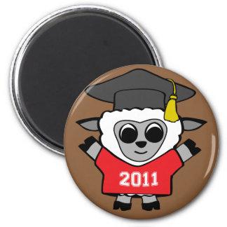 Graduado rojo y blanco 2011 de las ovejas del much imán redondo 5 cm