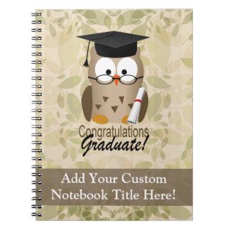 Graduado sabio lindo del búho libro de apuntes