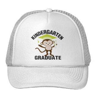 Graduado verde de la guardería gorras