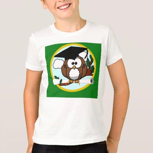 Graduation Owl With Cap & Diploma - Green and Gold T-Shirt