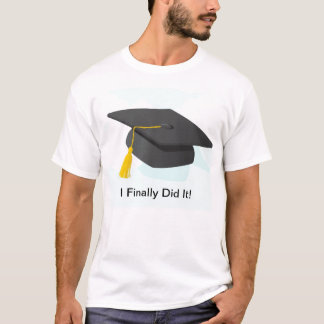 Graduation t-shirt for him with cap!