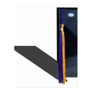 GraduationTassleLocker061615.png Postales