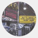 Graffiti 10 round sticker