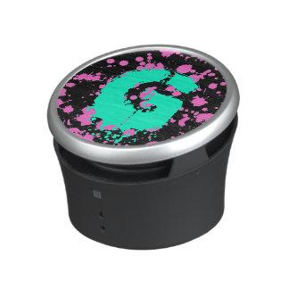 Graffiti Art Black and Fuschia 90s Splatter Paint Bluetooth Speaker