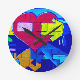 GRAFFITI COLORFUL LOVE HEARTS  GANGSTER BACKGROUND ROUND CLOCK