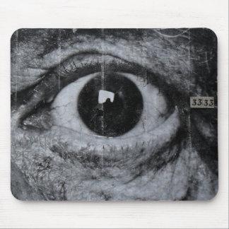 Graffiti Eye Mouse Pad