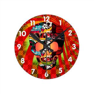 graffiti skull round clock
