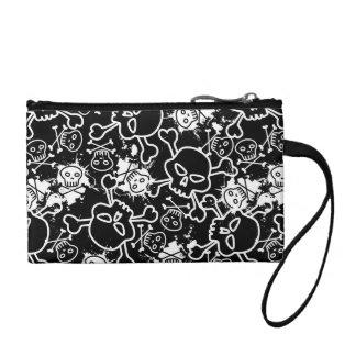 Graffiti skulls change purse