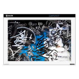 """Graffiti / Street Art Decals For 17"""" Laptops"""