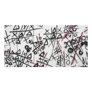 Graffiti Tic Tac Toe Card