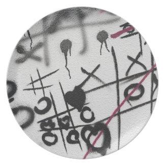 Graffiti Tic Tac Toe Dinner Plates