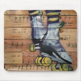 Graffitti Roller Girl Mouse Pad