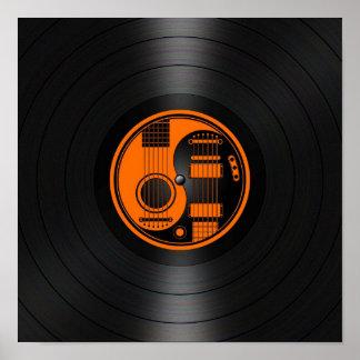 Gráfico anaranjado y negro del vinilo de las guita póster