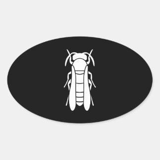 Gráfico blanco del insecto de la chaqueta amarilla pegatina ovalada