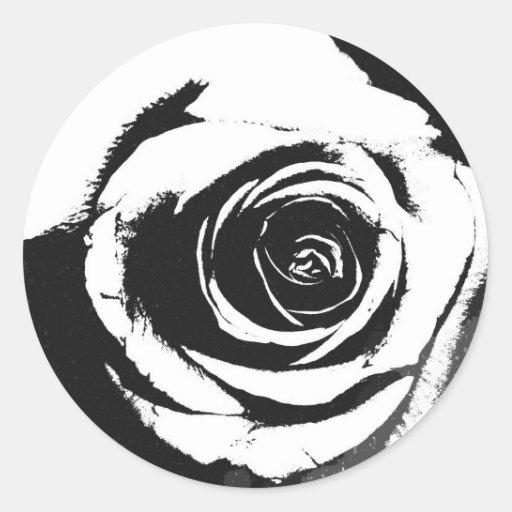 Gráfico color de rosa blanco y negro etiqueta redonda