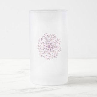 Gráfico de encaje purpúreo claro espiral del taza de cristal