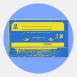 Gráfico de la cinta de casete del arte pop en amar etiqueta redonda
