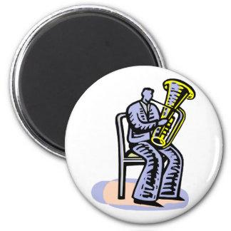 Gráfico del jugador de la tuba de la orquesta, ima imán redondo 5 cm