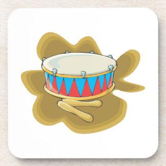 Gráfico del tambor y de la percusión de los mazos posavasos de bebidas