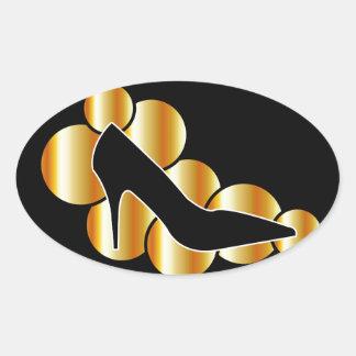 Gráfico del zapato con los círculos de oro pegatina ovalada