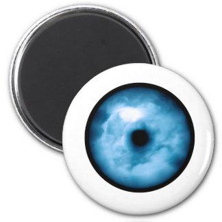 Gráfico nublado azul claro del ojo imanes para frigoríficos