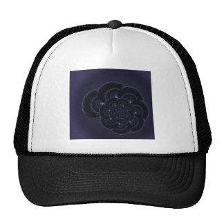 Gráfico púrpura oscuro de la flor. Espiral Gorros Bordados