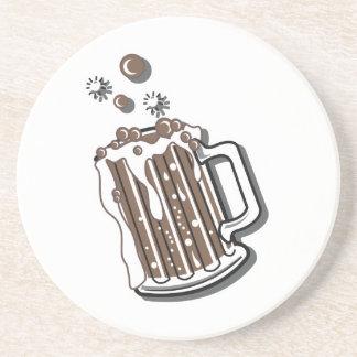 gráfico retro de la cerveza de raíz del estilo posavaso para bebida