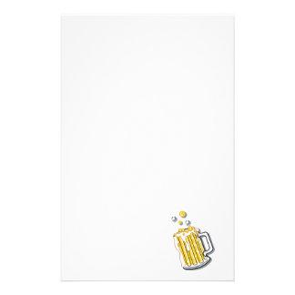 gráfico retro de la cerveza del estilo papelería de diseño